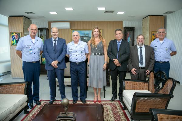 Reunião ocorreu na tarde desta quinta-feira (5), no Comando da Aeronáutica, em Brasília (DF)