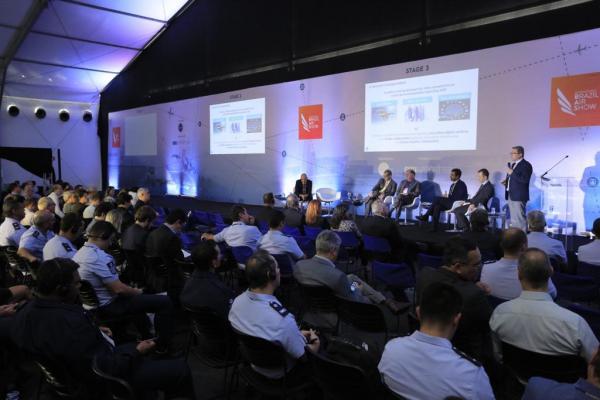 Seminário aborda benefícios da metodologia colaborativa em aeroportos brasileiros