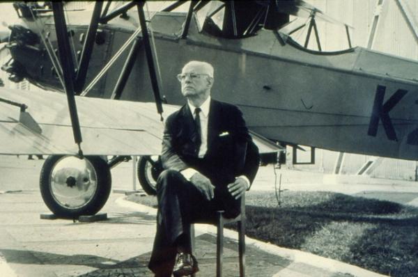 Força Aérea Brasileira comemora o nascimento do seu Patrono, no dia 20 de setembro