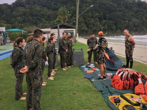 Instrução é realizada até o dia 30, no litoral do Estado de São Paulo