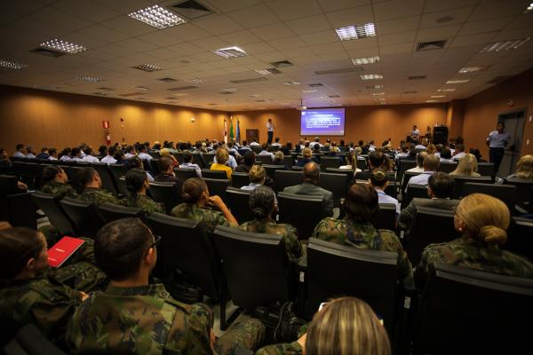 O evento reúne cerca de 170 participantes de organizações da FAB e de outras instituições em Lagoa Santa (MG)