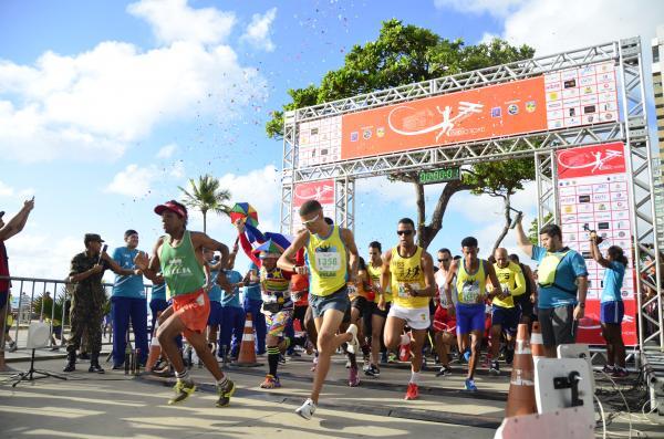 Prova na capital pernambucana foi organizada pelo CINDACTA III e realizado na Orla da Praia de Boa Viagem