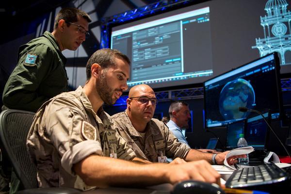 Conhecimento adquirido no exercício Global Sentinel facilitará a criação e a operação de uma célula de vigilância espacial no Centro de Operações Espaciais (COPE)