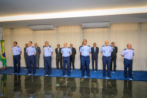 Solenidade presidida pelo Comandante da Aeronáutica, Tenente-Brigadeiro Bermudez, homenageou militares do efetivo do EMAER