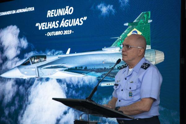 Oficiais-Generais e Oficiais de ontem e de hoje se atualizaram acerca da conjuntura da Força Aérea Brasileira