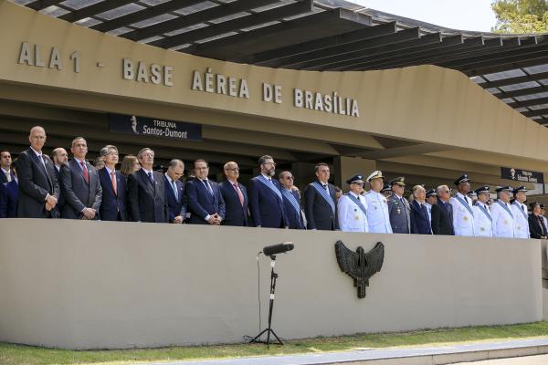 Presidente da República, Jair Bolsonaro, presidiu a solenidade e participou da entrega da Medalha da Ordem do Mérito Aeronáutico