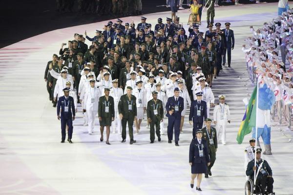Cerimônia na cidade de Wuhan, na China, foi marcada por tecnologia, história e efeitos especiais