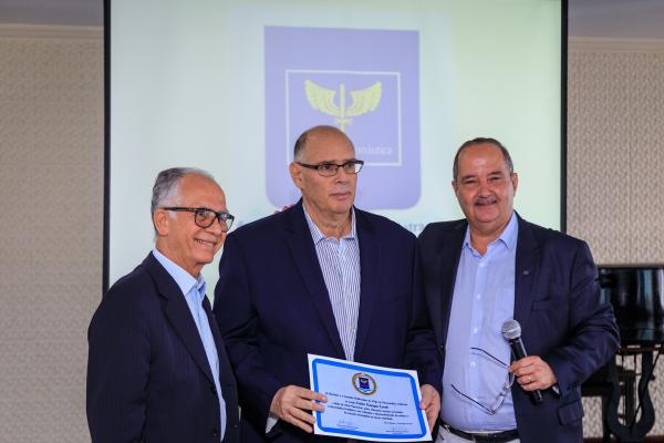 Comandante da Aeronáutica participou de homenagem a Carlos Lorch nesta terça-feira (22/10)