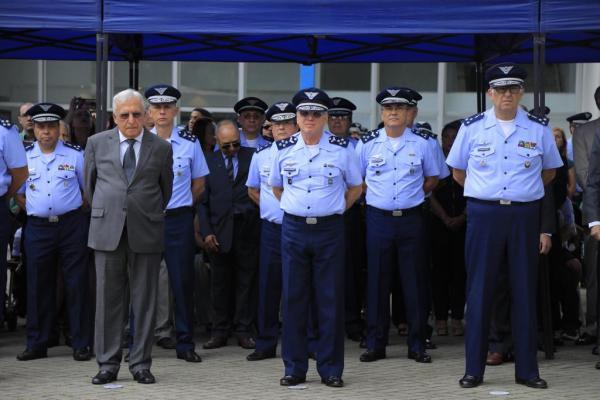 Cerimônia, presidida pelo Comandante da Aeronáutica, foi marcada por homenagens ao efetivo e a ex-Diretores de Saúde