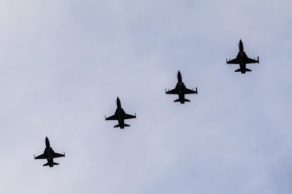 Alas 3 e 4 receberam Esquadrões Aéreos e Unidades de Infantaria durante 16 dias de atividades