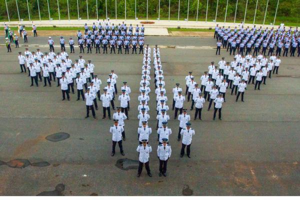 Cerimônia de formatura dos militares oriundos do Curso de Formação de Oficiais Especialistas e do Estágio de Adaptação ao Oficialato foi presidida pelo Comandante da Aeronáutica