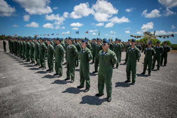Durante a solenidade foram entregues os Distintivos Operacionais aos 82 formandos das diversas aviações