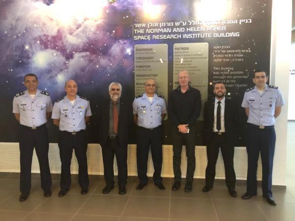 Objetivo foi estabelecer um acordo de cooperação para capacitação, pesquisa e desenvolvimento do setor espacial no Brasil
