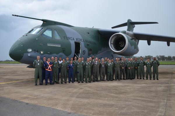 Aeronave de matrícula FAB 2854 pousou nesta sexta-feira (13/12) na Ala 2, em Anápolis (GO)