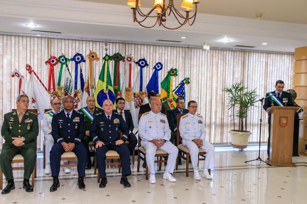 Cerimônia foi realizada nesta terça-feira (14), no Ministério da Defesa, em Brasília (DF)
