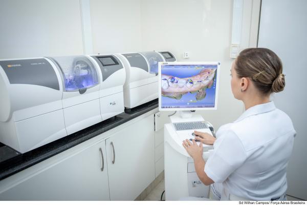 Unidades da FAB de Brasília (DF), Rio de Janeiro (RJ) e Recife (PE) operam o Sistema CAD/CAM odontológico