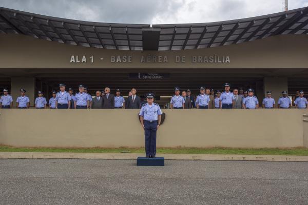 Solenidade presidida pelo Comandante da Aeronáutica, Tenente-Brigadeiro Bermudez, comemorou também a criação do GABAER e da COJAER