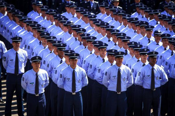 Sistema de Proteção Social e Reestruturação da carreira militar