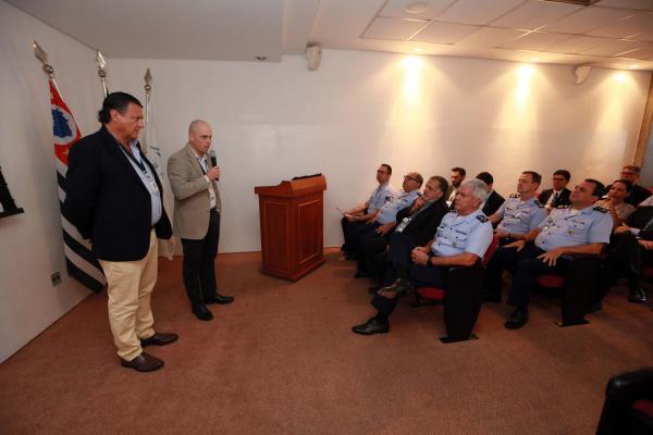 Projeto visa, também, elevar os índices de pontualidade e aumentar a capacidade de pousos e decolagens do Aeroporto de Viracopos