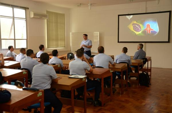 A turma 2020/2021 é composta por 14 Oficiais do COMAER