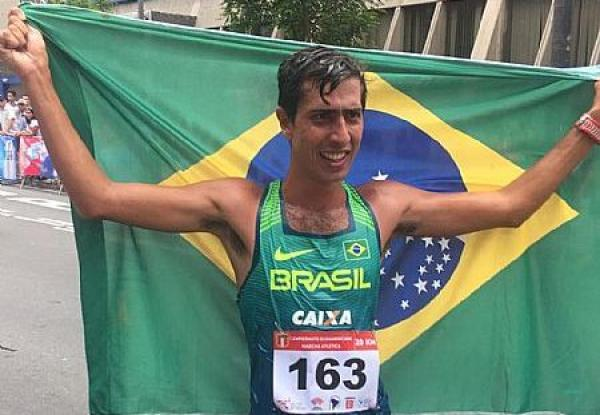 Sargento da Força Aérea Brasileira Caio Bonfim, do Programa Atletas de Alto Rendimento (PAAR), venceu o Campeonato Sul-Americano de Marcha Atlética