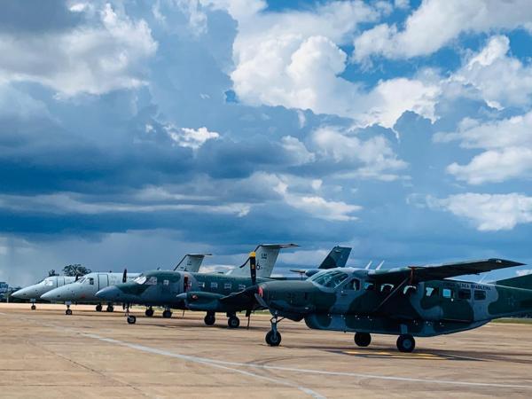 Aeronaves da FAB foram deslocadas com voos saindo de diversas regiões do país