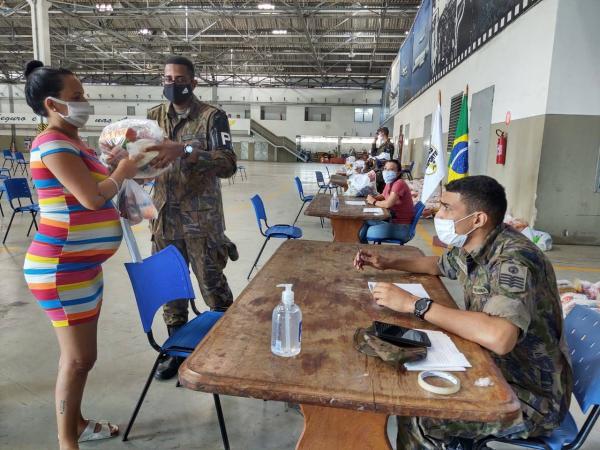 Ação faz parte do Programa Forças no Esporte, que proporciona atendimento a alunos da rede pública de ensino