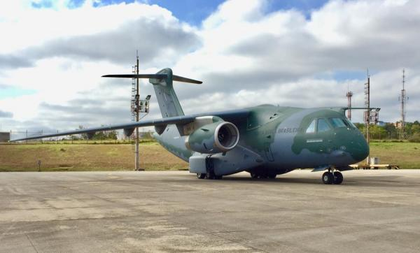 Aeronave da FAB transportou 8.400 unidades de álcool em gel para Manaus (AM)
