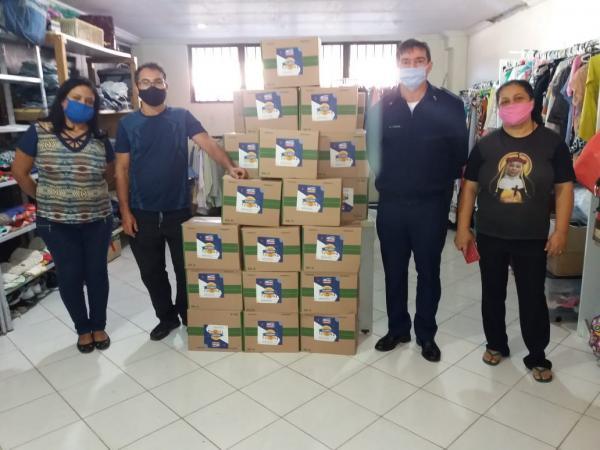 Iniciativa teve como objetivo arrecadar alimentos não perecíveis, itens de higiene pessoal e limpeza