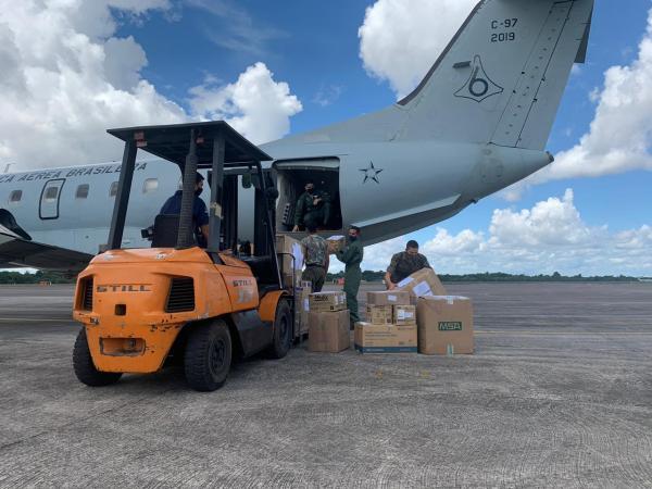 A aeronave decolou de Brasília (DF) com diversos equipamentos e materiais de combate ao novo Coronavírus