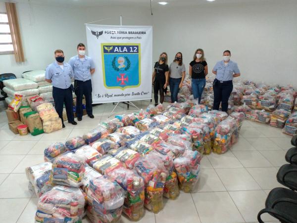 Foram arrecadadas 5,5 toneladas de alimentos pelo efetivo da Guarnição de Aeronáutica de Santa Cruz (GUARNAE-SC), que foram distribuídas pela Comissão de Assistência Social