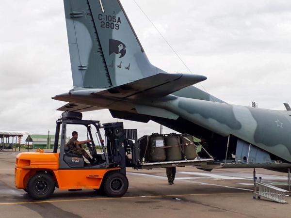 Aeronave C-105 Amazonas iniciou o transporte na terça-feira, 30 de junho