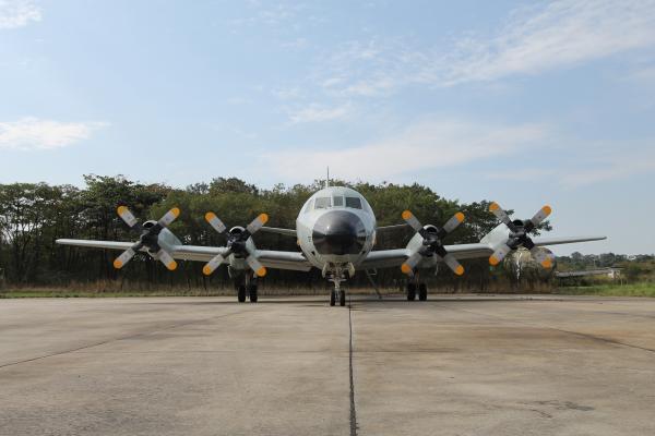 Otrabalho consistiu na verificação da integridade estrutural da aeronave e da integridade funcional dos sistemas
