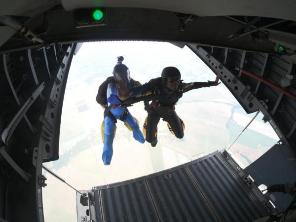 O Programa tem a finalidade de capacitar militares em modalidades como: Salto Livre Militar, Mestre de Salto Precursor, Mestre de Salto Livre, Piloto Tandem e Instrutor de Accelereted Free Fall