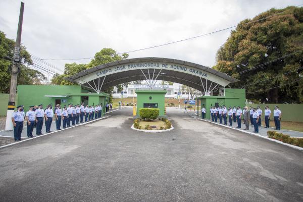 Solenidade militar ocorreu nesta sexta-feira (21), nas instalações da Diretoria de Administração da Aeronáutica (DIRAD), no Rio de Janeiro (RJ), e contou com homenagens a militares que contribuíram com a Intendência da Aeronáutica ao longo dos anos