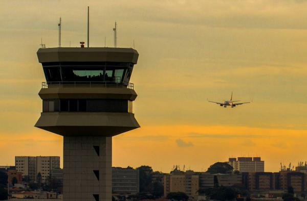 A Portaria nº 884/GC3, de 27 de agosto de 2020, estabelece novo prazo para o pagamento das Tarifas de Navegação Aérea
