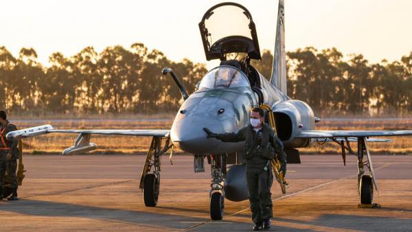 Treinamento tem por finalidade promover o intercâmbio operacional entre operadores da aeronave F-5M, além de treinar táticas e técnicas em cenários de combate BVR
