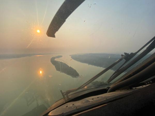 SC-105 Amazonas e H-60 Black Hawk foram empregados para localizar helicóptero desaparecido e resgatar ocupantes