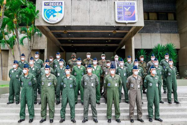 Diretores, Presidentes, Chefes e Comandantes das Organizações Militares subordinadas ao DECEA estiveram no Recife (PE)