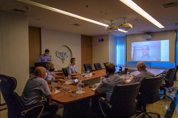 Reunião ocorreu na tarde desta segunda-feira (28), no Comando da Aeronáutica, em Brasília (DF)