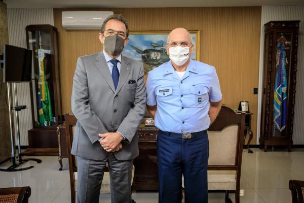 Encontro ocorreu nesta segunda-feira (28), no Comando da Aeronáutica, em Brasília (DF)