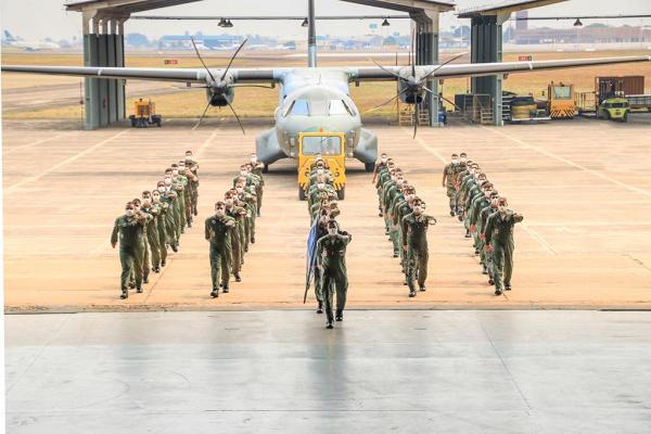 Durante a cerimônia realizada em Campo Grande (MS), o 1º/15º GAV homenageou seu efetivo