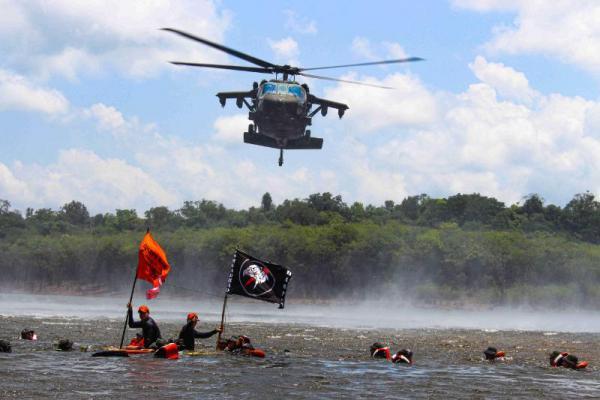 Treinamento aplica técnicas de sobrevivência, especialmente na Região Amazônica