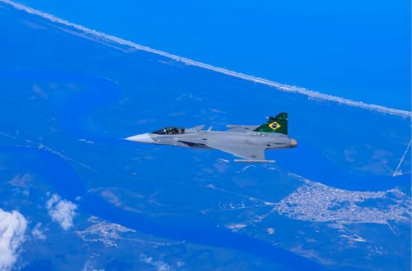O voo ocorreu no trajeto entre Navegantes (SC) e Gavião Peixoto (SP), no dia 24 de setembro