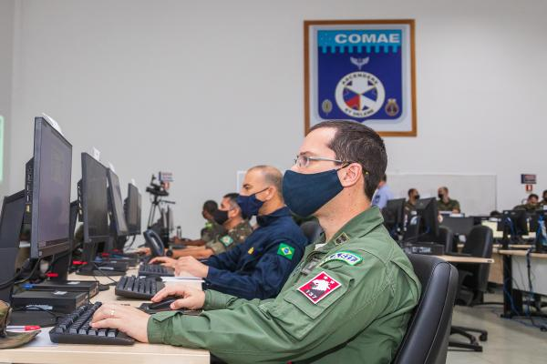 Operação aconteceu de forma conjunta entre a Marinha do Brasil, o Exército Brasileiro e a Força Aérea Brasileira