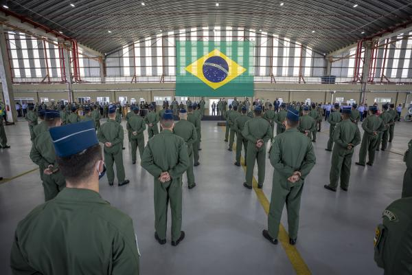 Durante a solenidade foram entregues os Distintivos Operacionais aos novos formandos