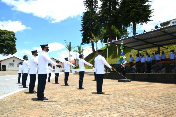 Cerimônias marcaram conclusão dos Estágios de Adaptação e Serviço e de Adaptação Técnico 2020(EAT/EAS-2020)