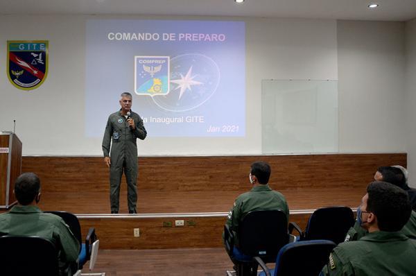 O CPROE é a primeira fase do Programa de Especialização Operacional (PESOP), realizado pela Ala 10, em Parnamirim (RN)