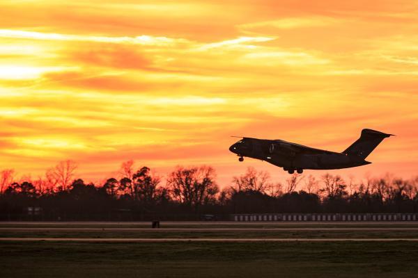 A aeronave cumpriu dois circuitos de reconhecimento no espaço aéreo de Alexandria, em Louisiana, Estados Unidos