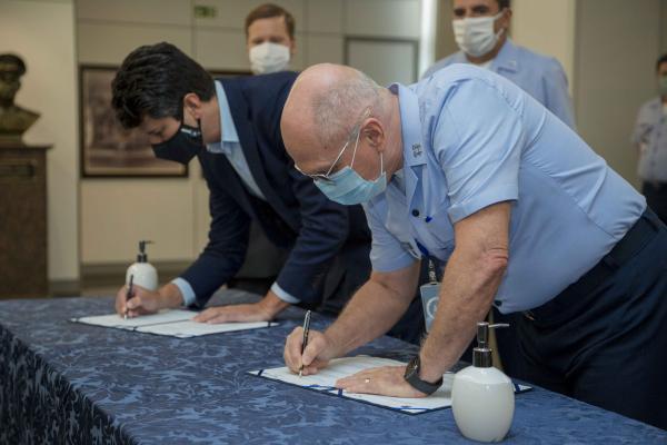 A assinatura ocorreu nesta quarta-feira (03), no Comando da Aeronáutica, em Brasília (DF)